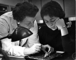 Professor of Biology Beatrice Friedland working with student in lab