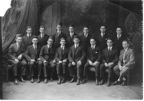 Graduates and faculty of the Talmudical Academy, 1920