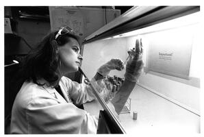 Professor Lucy Shapiro conducting research in microbiology at Yeshiva University's Albert Einstein College of Medicine
